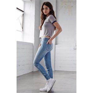 Bullhead Low Rise 'Skinniest' Jeans